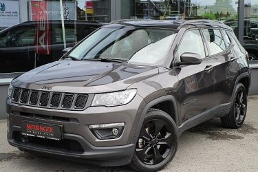 Jeep Compass 1,6 MultiJet II FWD Night Eagle bei Auto Meisinger in