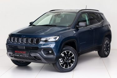 Jeep Compass 1.3 PHEV Trailhawk AT 4xe bei Auto Meisinger in